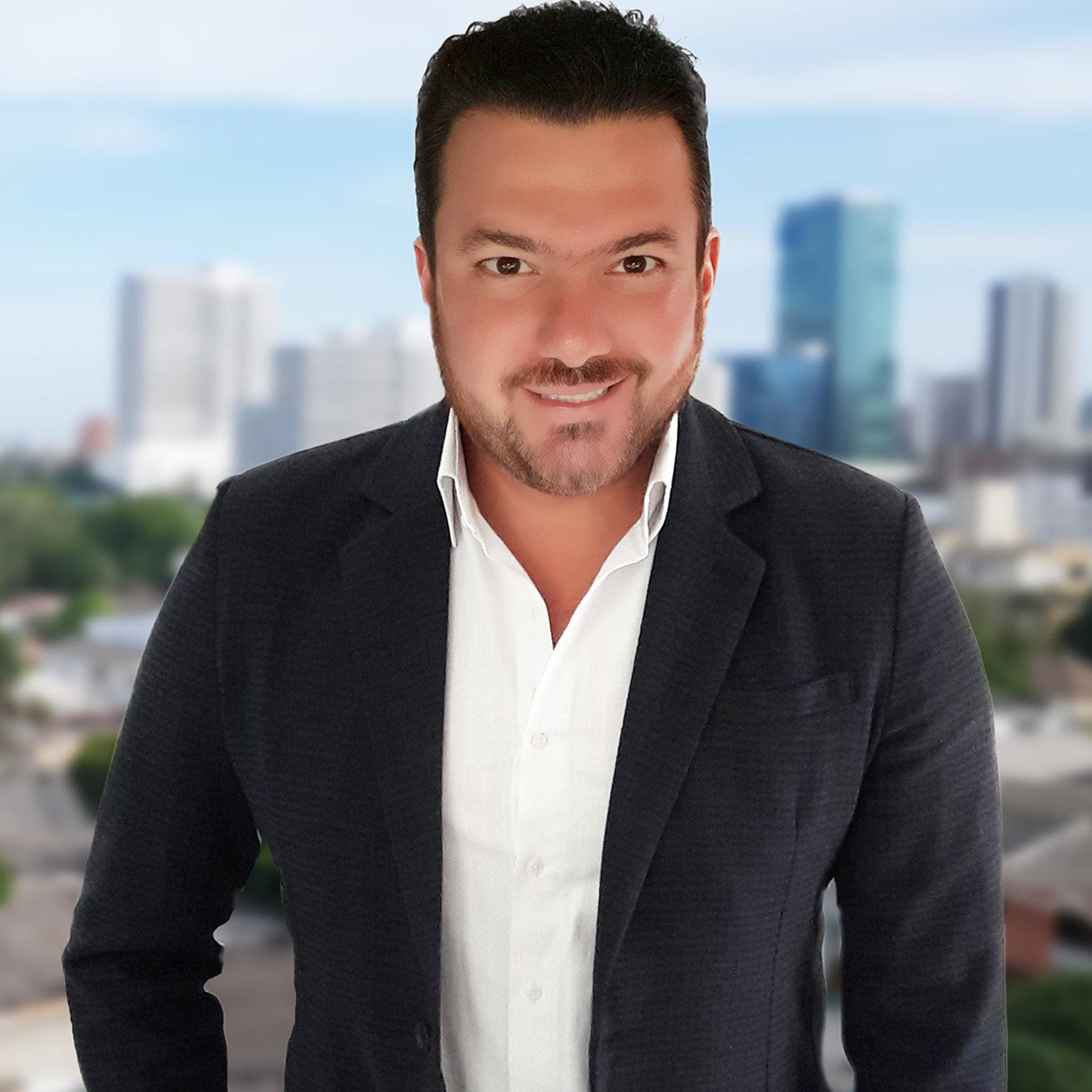 Hernando Villa Grupo Solin